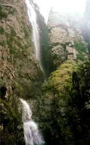 Kanangra Falls, Blue Mountains, courtesy Sassafras